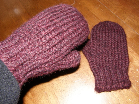 Free Mitten Pattern Soon Gettin It Peggedloom Knitters Clique