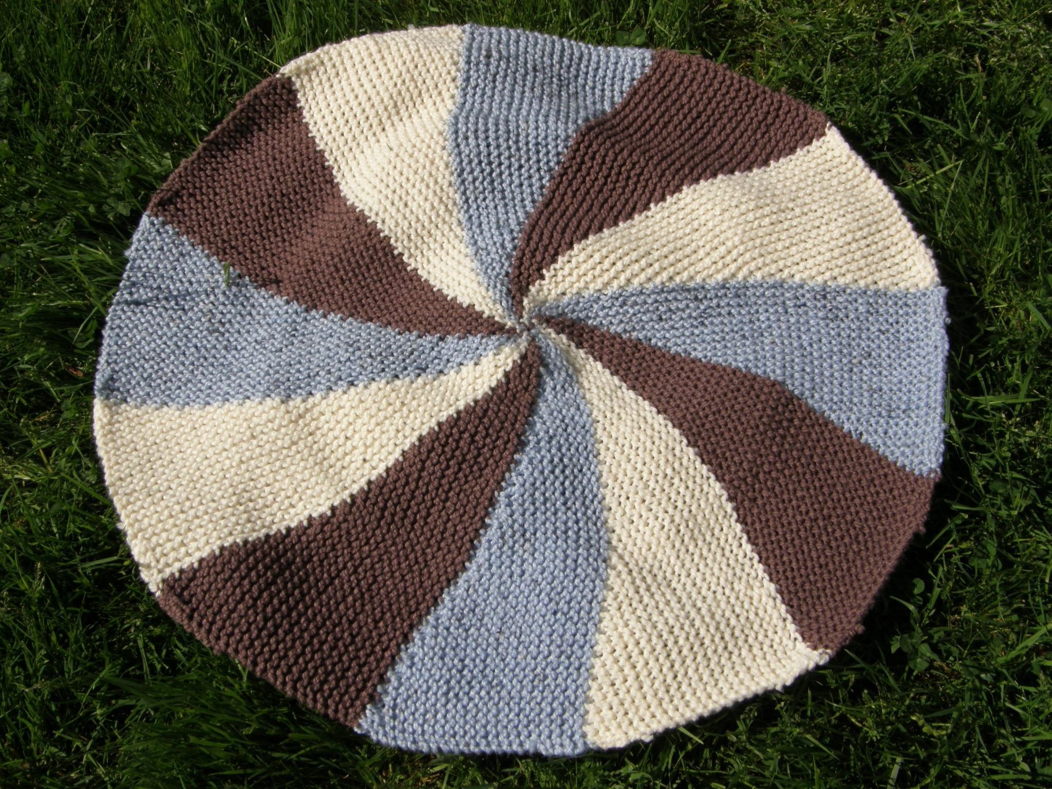 Pinwheel Blanket Edgingyes We Have Progress Gettin It Pegged