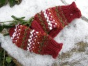 Warm Woolies!  Originally published as a bonus pattern for the Winter '10 LKC...Now available in the Peggin' Pages. :)