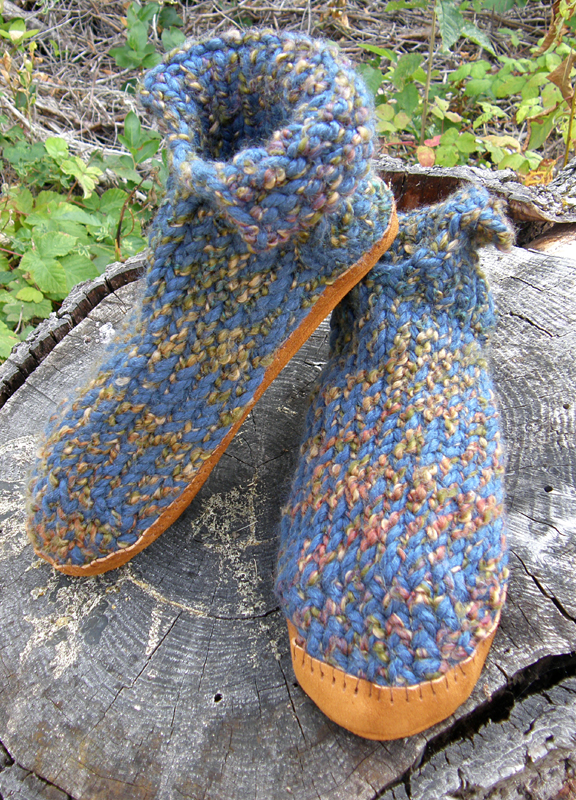 Loom Knit Romeo Slippers Gettin It Peggedloom Knitters Clique