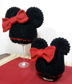 Minnie_Mouse_Hats_2013-12-14